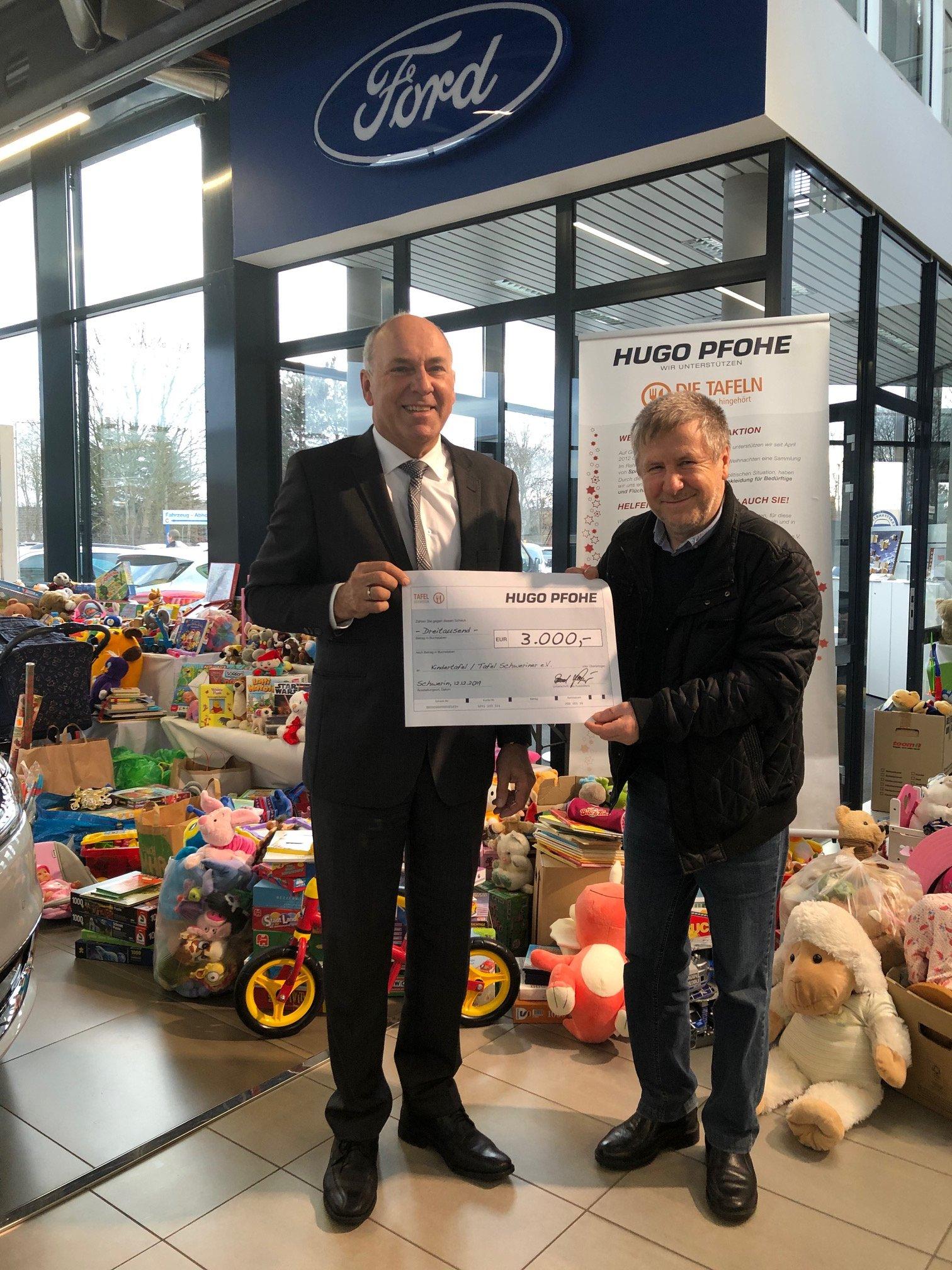 Spielzeugspenden-Aktion in Schwerin-Krebsförden